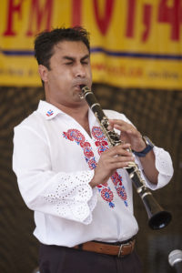 Dušan Kotlár ml. - klarinet, saxofon, bicí nástroje, flétna, klávesy, hoboj